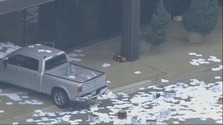 미 텍사스 폭스 계열 방송국에 트럭 돌진…부상자 없어
