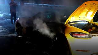 [영상] 이번엔 포르쉐…주행 중인 포르쉐에서 불