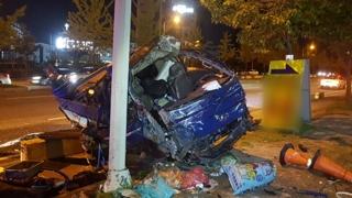 대전서 승용차와 1톤 트럭 부딪쳐…3명 부상