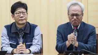 9년만의 쌍용차사태 해결…눈물 쏟은 중재 위원장
