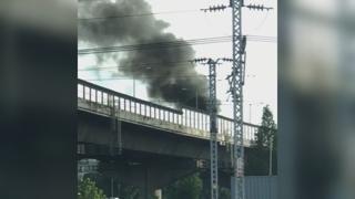 서울 내부순환로 BMW X5 주행중 화재…정체 가중