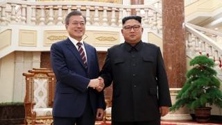 잠시 뒤 2차 남북정상회담…비핵화 진전 이룰까