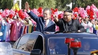AP통신, 주목할 장면…북한 파격환대ㆍ퍼레이드