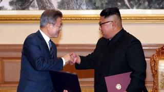 """북한 평양정상회담 하루 뒤 보도…""""허심탄회한 대화"""""""