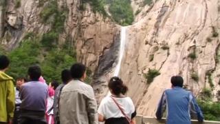 금강산 관광 10년 만에 재개되나…상설면회소 개소
