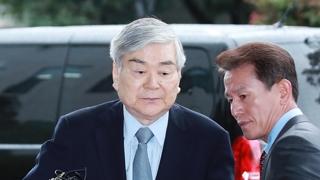 """'횡령 의혹' 조양호 검찰 재소환…""""성실히 조사받겠다"""""""