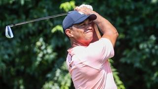 [PGA] 마지막 홀서 9m 이글 퍼트…우즈, 투어 챔피언십 1R 선두