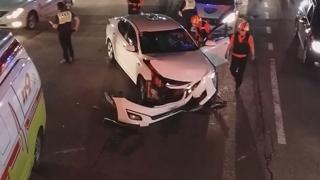 부산 동래구서 차량 2대 충돌…1명 부상
