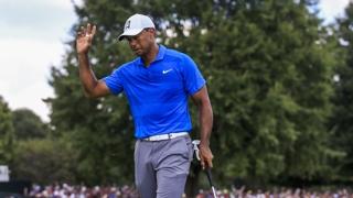 [PGA] '황제가 돌아왔다'…우즈, 5년 1개월 만에 우승