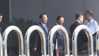 '유엔총회 참석' 리용호, 베이징 도착…25일 뉴욕행 예정