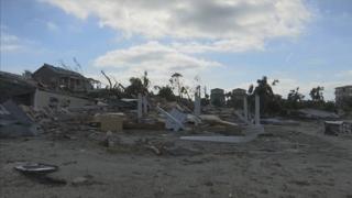 허리케인 휩쓴 미국 플로리다에 약탈 극성…하루 10명꼴 체포