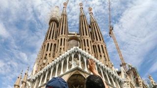 파밀리아 성당이 불법건물?…466억 벌금폭탄