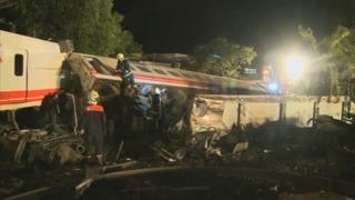 대만서 최악의 열차 사고…22명 사망ㆍ171명 부상