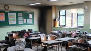 중학교 교실 화재로 5명 부상…불장난 추정
