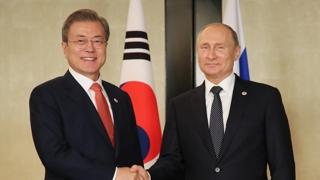 """한ㆍ러, 대북제재 완화 논의…푸틴 """"철도공동체 지지"""""""