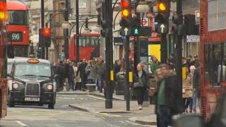 """영국 런던거리서 유학생 집단폭행…""""대사관도 나몰라라"""""""