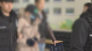 """[핫클릭] """"숨진 학생패딩 뺏어입고 법원 출두""""…분노 확산 外"""