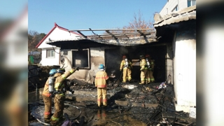 경기 이천 주택 화재…80대 노부부 숨져
