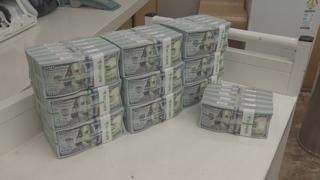 달러값 내리자 외화예금 급증…750억 달러 넘어
