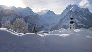 눈에 파묻힌 유럽…오스트리아에 3m 폭설