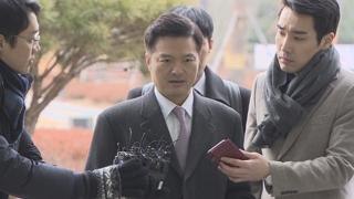 """김태우, 비공개 검찰 출석…""""조사 잘 진행되고 있다"""""""
