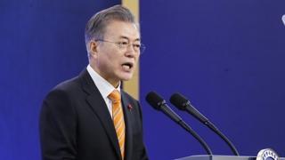 """문 대통령 """"규제샌드박스 시행…신나게 새 제품 만들길"""""""