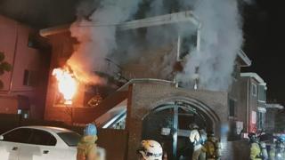 [사건사고] 다가구주택서 불로 80대 숨져…화재 잇따라 外