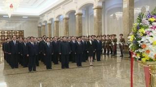 북한 김정은, 부친생일에 참배하고 장성 진급 단행