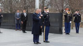 방미 콜롬비아 대통령, 한국전쟁 기념공원 방문