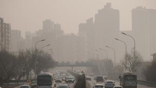 중국, 대보름 폭죽ㆍ공장 재가동에 스모그 또 엄습