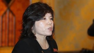 """""""북한, 신중히 결정해야"""" vs """"북한 본성 드러나"""""""