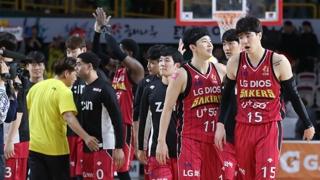 [프로농구] LG, 연장전 끝에 플레이오프 1차전 승리