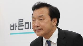 """손학규 """"사퇴하면 당 공중분해…추석 때까지 보자"""""""