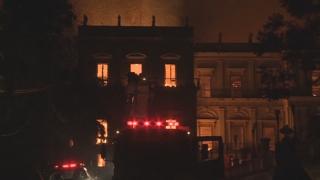 대형 화재 브라질 국립박물관 기부 3억원…노트르담과 대조