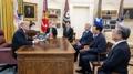 El jefe de Lotte se reúne con Trump en la Casa Blanca tras la apertura de una pl..