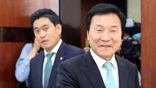 퇴진없다 vs 북한수령…'손학규 거취' 내홍