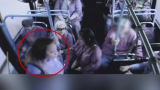 버스 밖으로 노인 밀쳐 죽게 한 미국인…살인혐의 기소