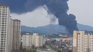 김해 조선기자재 공장화재 초진…대응 1단계로 하향