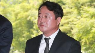 '차명주식' 이웅열 전 코오롱 회장 1심 선고