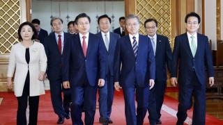 [속보] 문 대통령·여야대표 회동 종료…180분간 현안 논의