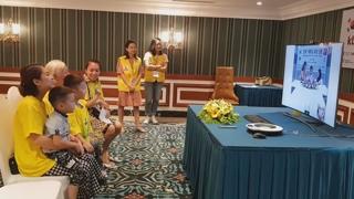 베트남 이주여성-친정 식구 '화상 상봉' 봉사