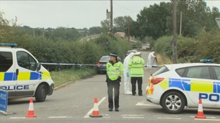 영국서 경찰관 살해사건…용의자 10명 체포