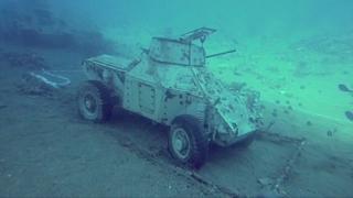 탱크·헬기가 바닷속에? 요르단 수중 군사 박물관