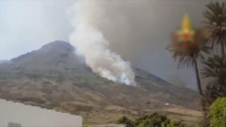 이탈리아 스트롬볼리 화산 두달 만에 또 폭발