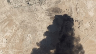 "WSJ ""사우디 석유시설 공격 이란서 시작…탄도미사일도 쏴"""