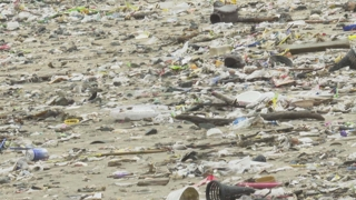 태풍만 오면 쓰레기 가득한 해변…해양쓰레기 실태