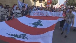 """한달째 이어진 레바논 시위…""""기득권 정치인 물러나라"""""""