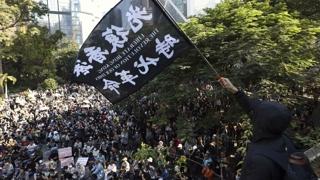 홍콩 민주파 선거 승리 후 첫 주말 집회…평화롭게 진행