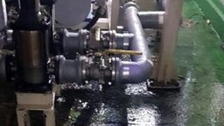 청주 2차전지 공장서 화학물질 누출…2명 병원 이송