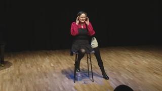 """한 발로 춤추는 장애예술가…""""고유성은 재능이죠"""""""